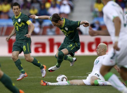 الجزائر سلوفينيا ألبوم الصور صورة) 2010-06-13t130347z_01_wca129_rtridsp_3_soccer-world_reuters.jpg