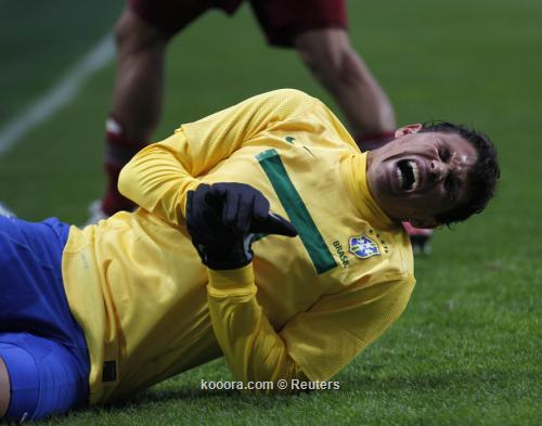 دفاع السامبا يفقد تياجو سيلفا 2011-07-032011-07-03t204301z_01_bas527_rtridsp_3_soccer-copa_reuters.jpg
