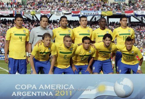 التاريخ يعيد نفسه للبرازيل في 2011-07-09t215749z_01_cor654_rtridsp_3_soccer-copa_reuters.jpg