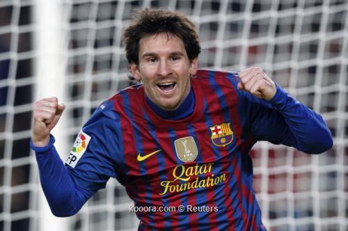 ميسي يحتفل بمئويته الثانية مع برشلونة