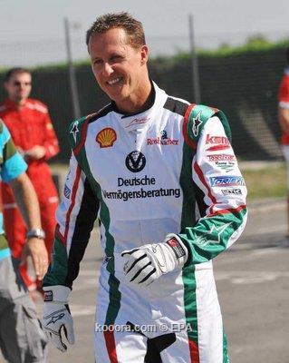 هاميلتون لا يخشى عودة مايكل شوماخر لمنافسات فورمولا 1