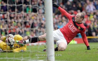 روني يقود مانشستر يونايتد لاستعادة صدارة الدوري الإنجليزي