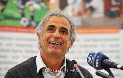 خليلودزيتش يغادر الجزائر عائدا إلى 2009-11-17-00000101936292.jpg