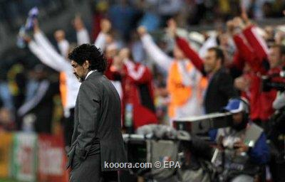 مارادونا قد يستمر حتى مونديال 2010-07-03-00000102235494.jpg