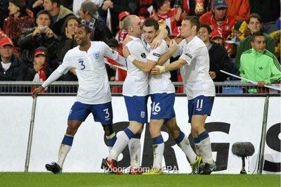 المنتخب الإنجليزي يحقق فوزه الثاني 2010-09-07-00000102321741.jpg