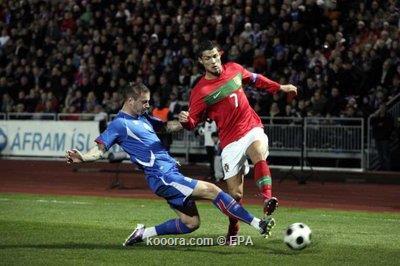 البرتغال تهزم أيسلندا في عقر 2010-10-12-00000102390549.jpg