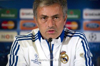 ايقاف مورينيو في مباراتين بعد 2010-11-22-00000102462346.jpg
