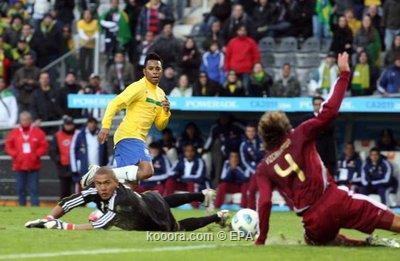 مدرب البرازيل يفكر بعدم الدفع 2011-07-03-00000102808905.jpg
