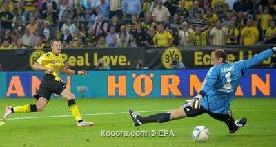 جروسكروتز سعيد بتسجيل أول أهداف 2011-08-05-00000102856299.jpg