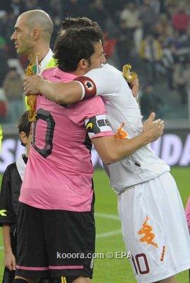 دل بييرو وتوتي وجها لوجه في الدوري الإيطالي