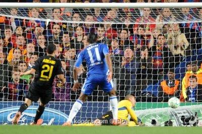 دروجبا والحظ يقودان تشيلسي لإلحاق الهزيمة الأولى لبرشلونة بقبل نهائي دوري أبطال أوروب i.aspx?i=epa/socce