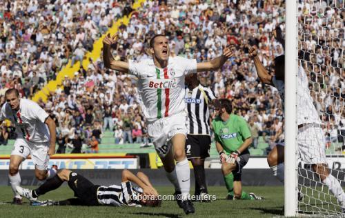 إيتو يقود إنتر ميلان لعبور باليرمو ويوفنتوس يحقق فوزه الأول بالدوري الإيطالي I.aspx?i=reuters%2f2010-09-19%2f%2f2010-09-19t134348z_01_aga101_rtridsp_3_soccer-italy_reuters