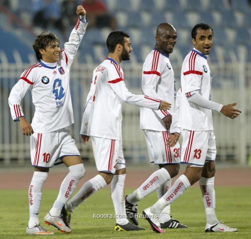 الكويت يحتفظ بلقبه في كأس ولي العهد بفوزه على خيطان I.aspx?i=reuters%2f2011-02-16%2f%2f2011-02-162011-02-16t214430z_01_kuw05_rtridsp_3_soccer-kuwait_reuters