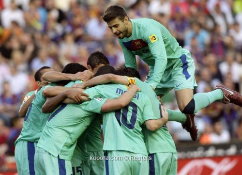 برشلونة يتوج بلقب الدوري الأسباني للمرة الثالثة على التوالي I.aspx?i=reuters%2f2011-05-11%2f%2f2011-05-112011-05-11t185834z_01_sps06_rtridsp_3_soccer-spain_reuters