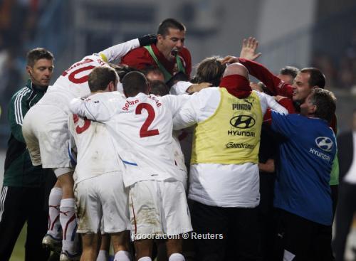 التشيك تسقط مونتنجرو بهدف متأخر وتتأهل بجدارة لنهائيات يورو 2012 I.aspx?i=reuters%2f2011-11-15%2f%2f2011-11-15t210959z_01_mdj19_rtridsp_3_soccer-euro_reuters