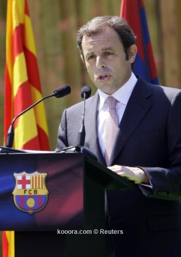 رئيس نادي برشلونة يزور قطر 2010-07-01t131202z_01_mad202_rtridsp_3_soccer-spain_reuters.jpg