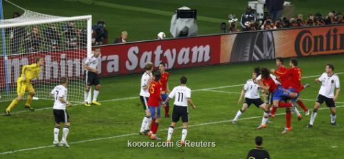 الماتادور الأسباني يطيح بالماكينات الألمانية 2010-07-07t200218z_01_wcp514_rtridsp_3_soccer-world_reuters.jpg