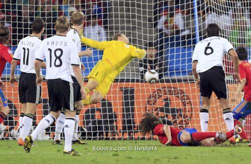 الماتادور الأسباني يطيح بالماكينات الألمانية 2010-07-07t200419z_01_wcp371_rtridsp_3_soccer-world_reuters.jpg