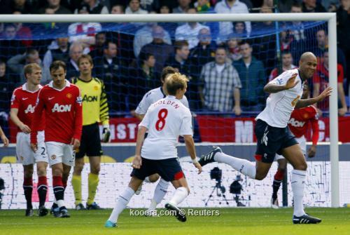 أوين ينقذ مانشستر يونايتد من 2010-09-26t120938z_01_bks02_rtridsp_3_soccer-england_reuters.jpg