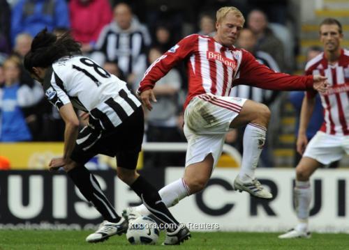ايك اليوناني سيضم جوديونسن لاعب 2010-09-26t174915z_01_nvr19_rtridsp_3_soccer-england_reuters.jpg