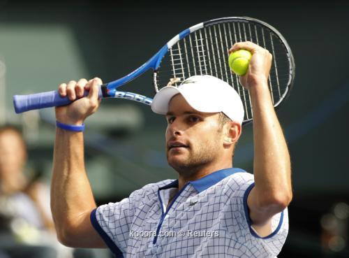 روديك يواصل انطلاقته في بطولة 2010-10-07t051027z_01_tok300_rtridsp_3_tennis-men_reuters.jpg