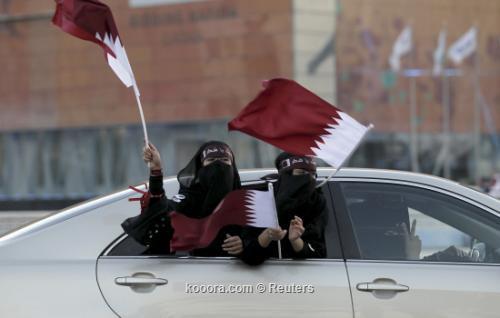 استقبال شعبي حافل في الدوحة 2010-12-03t201646z_01_doha19_rtridsp_3_soccer-world_reuters.jpg