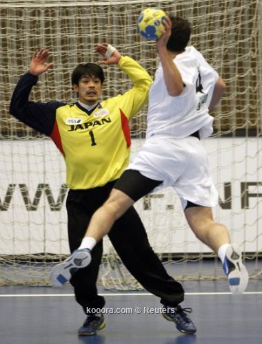 الجزائر تهزم اليابان كوريا الجنوبية 2011-01-242011-01-24t175009z_01_rcs03_rtridsp_3_handball_reuters.jpg