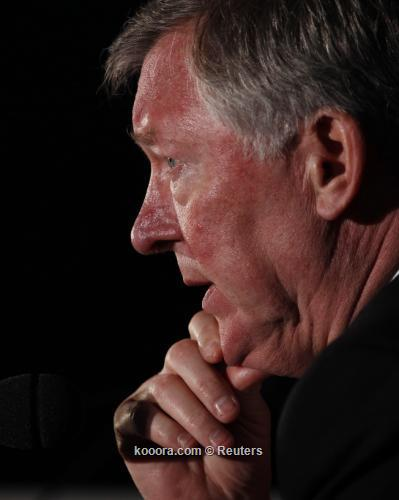 فيرجسون يحث هيوز على حرمان سيتي من لقب الدوري الإنجليزي