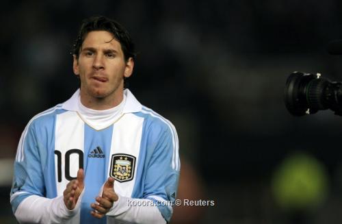 2011-06-202011-06-20t222447z_01_ast118_rtridsp_3_soccer-friendly_reuters.jpg
