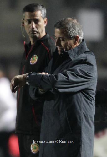 تاباريز مباراتنا مع بيرو جاءت 2011-07-05t001506z_01_sju518_rtridsp_3_soccer-copa_reuters.jpg