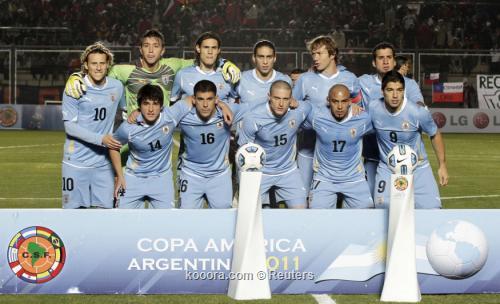 لاعبو أوروجواي واثقون من تحسن 2011-07-05t005933z_01_sju646_rtridsp_3_soccer-copa_reuters.jpg