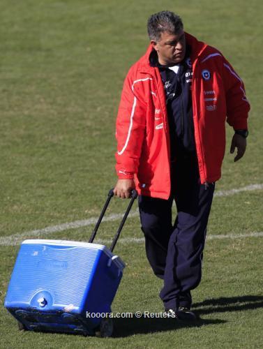 مدرب تشيلي: ينبغي أن نفوز 2011-07-07t183723z_01_stg106_rtridsp_3_soccer-copa_reuters.jpg