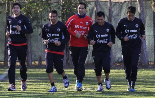 تشيلي تسعى لمواصلة حلمها أمام 2011-07-09t212435z_01_stg102_rtridsp_3_soccer-copa_reuters.jpg