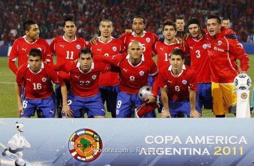 بيرو تسعى لكسر التوقعات أمام 2011-07-12t233110z_01_mdz713_rtridsp_3_soccer-copa_reuters.jpg