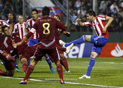 بارجواي تتأهل لدور الثمانية في 2011-07-13t231557z_01_jmg18_rtridsp_3_soccer-copa_reuters.jpg
