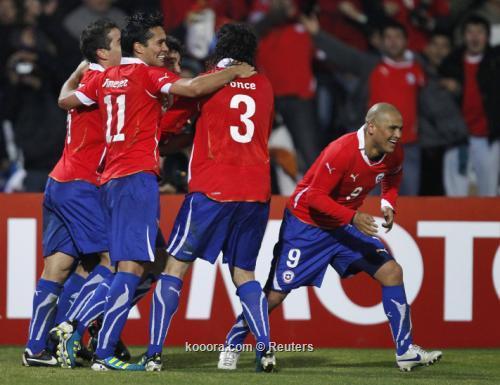 """منتخب تشيلي يحسم """"كلاسيكو الباسيفيك"""" 2011-07-13t002719z_01_mdz524_rtridsp_3_soccer-copa_reuters.jpg"""