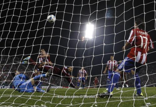 خوستو فيار: نحتاج إلى معرفة 2011-07-14t012148z_01_srr45_rtridsp_3_soccer-copa_reuters.jpg