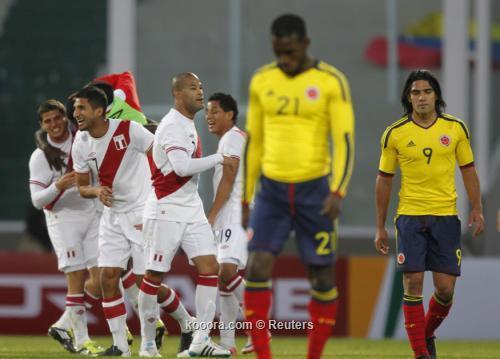 بيرو تحطم حلم كولومبيا وتتأهل 2011-07-16t222409z_01_jmg56_rtridsp_3_soccer-copa_reuters.jpg