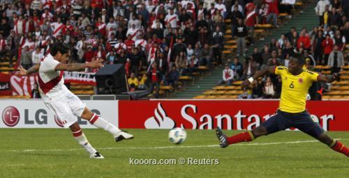 بيرو تحطم حلم كولومبيا وتتأهل 2011-07-16t222636z_01_jmg51_rtridsp_3_soccer-copa_reuters.jpg