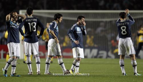 البرازيل والأرجنتين يغيبان عن نصف 2011-07-17t013900z_01_jmg129_rtridsp_3_soccer-copa_reuters.jpg