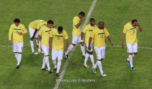البرازيل والأرجنتين يغيبان عن نصف 2011-07-17t222625z_01_jmg74_rtridsp_3_soccer-copa_reuters.jpg