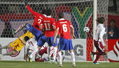 فنزويلا تبدد أمال تشيلي وتكمل 2011-07-17t231821z_01_srr85_rtridsp_3_soccer-copa_reuters.jpg