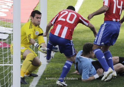 "سواريز وفيار وكواتيس وجيريرو ""الأفضل"" 2011-07-24t202304z_01_jmg07_rtridsp_3_soccer-copa_reuters.jpg"