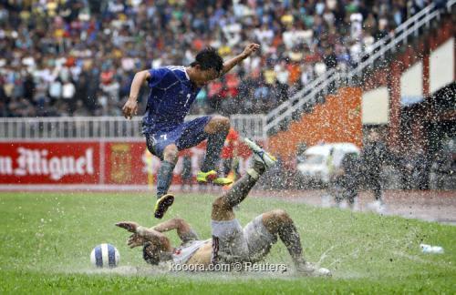الاردن يؤكد تأهله في تصفيات 2011-07-28t130854z_01_nep02_rtridsp_3_soccer-world_reuters.jpg