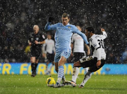مانشستر سيتي يتحدي الثلوج ويكتسح فولهام